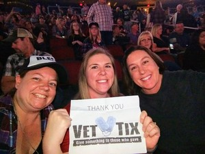 Gary attended Brad Paisley - Weekend Warrior World Tour With Dustin Lynch, Chase Bryant and Lindsay Ell on Jan 27th 2018 via VetTix
