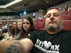 Shawn attended Brad Paisley - Weekend Warrior World Tour With Dustin Lynch, Chase Bryant and Lindsay Ell on Apr 12th 2018 via VetTix