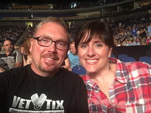 David attended Sugarland on Jul 19th 2018 via VetTix
