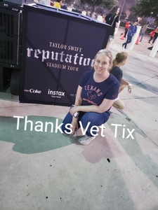 Leslie attended Taylor Swift Reputation Tour on Sep 29th 2018 via VetTix