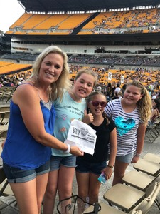 Sarah attended Taylor Swift Reputation Stadium Tour on Aug 7th 2018 via VetTix
