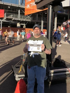 Robert attended Can-am 500 - Ism Raceway on Nov 11th 2018 via VetTix
