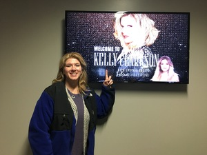 Dena attended Kelly Clarkson on Feb 7th 2019 via VetTix