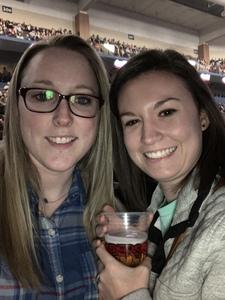 Kendra attended Kelly Clarkson on Feb 9th 2019 via VetTix