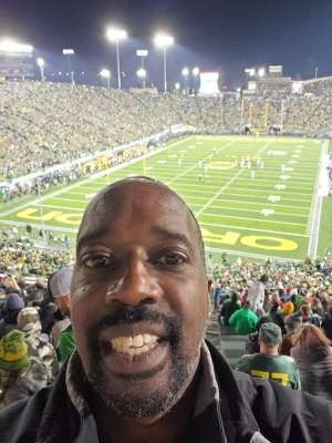 Gordon attended University of Oregon Ducks vs. University of Arizona Wildcats - NCAA Football on Nov 16th 2019 via VetTix