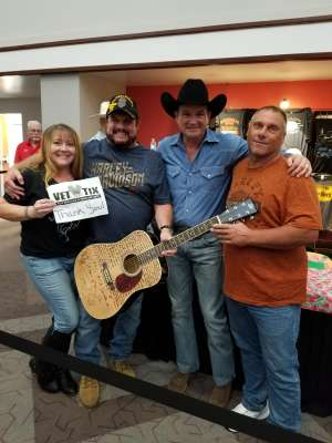 Tammy attended Tracy Byrd on Feb 13th 2020 via VetTix