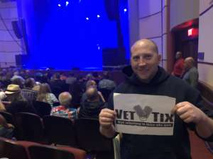 Travis attended George Thorogood and The Destroyers