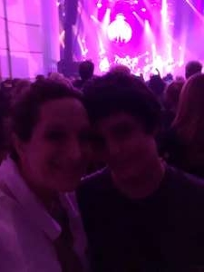 Danielle  attended George Thorogood and The Destroyers