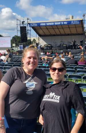 Jessica Donovan  attended Gin Blossoms and Vertical Horizon on Sep 18th 2021 via VetTix