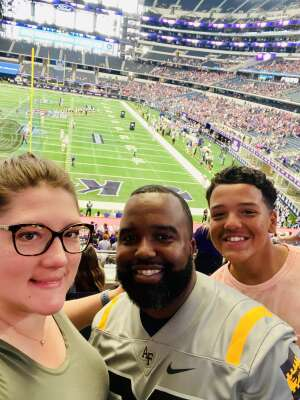 R. Brown attended Allstate Kickoff Classic - Stanford Cardinals vs. Kansas State Wildcats - NCAA Football on Sep 4th 2021 via VetTix
