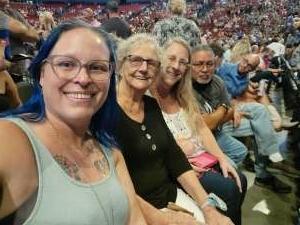 Linda attended Alabama's 50th Anniversary Tour on Sep 16th 2021 via VetTix