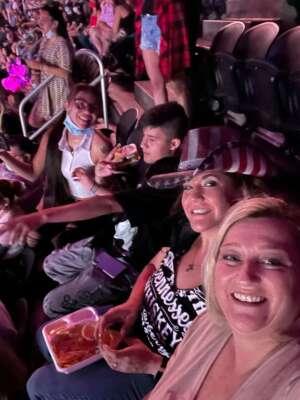 Renee attended Iheartradio Music Festival - Cheap Trick, Darius Rucker, Dua Lipa, J. Cole, Nelly,weezer. Performances by Florida Georgia Line, Walker Hayes, Finneas on Sep 17th 2021 via VetTix