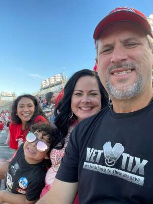 Click To Read More Feedback from University of Houston Cougars vs. Navy Midshipmen - Salute to Service Game - NCAA Football