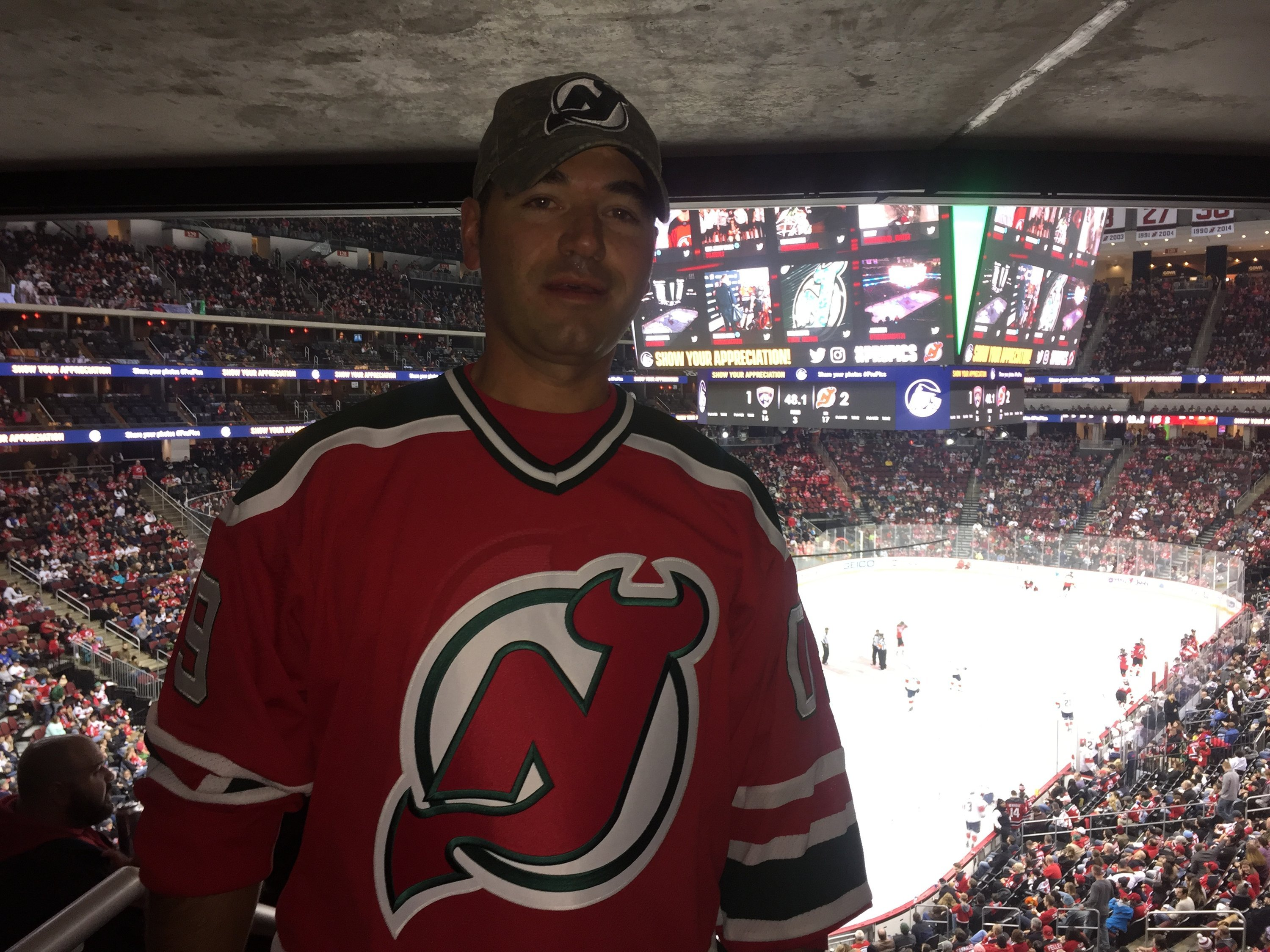 Justin attended New Jersey Devils vs. Florida Panthers - NHL on Nov 11th  2017 via e26364c2a