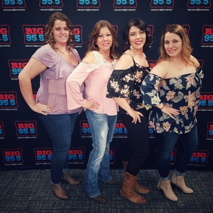 Mary attended Brad Paisley - Weekend Warrior World Tour With Dustin Lynch, Chase Bryant and Lindsay Ell on Feb 24th 2018 via VetTix